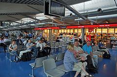 Waiting terminal